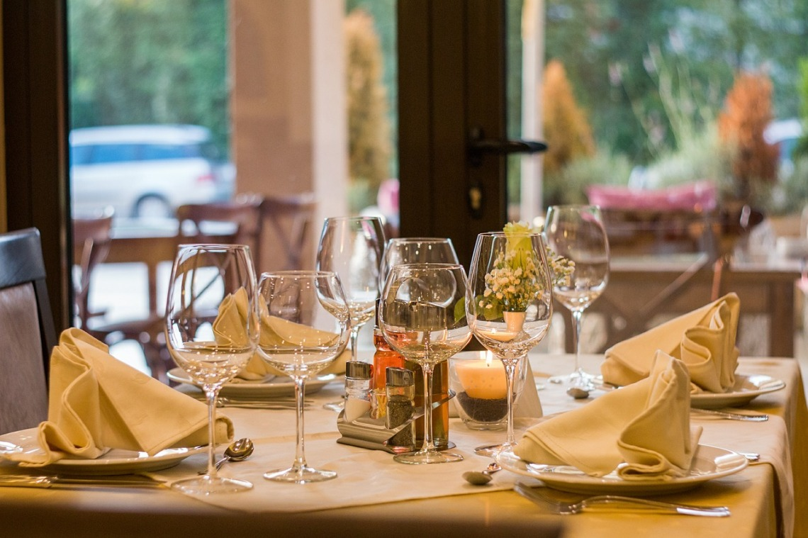 restaurant-449952_1280 (1) - Kopie.jpg
