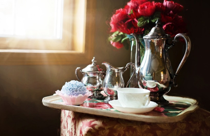 silver-tea-set-989820_1280